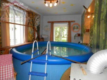 pool-in-living-room